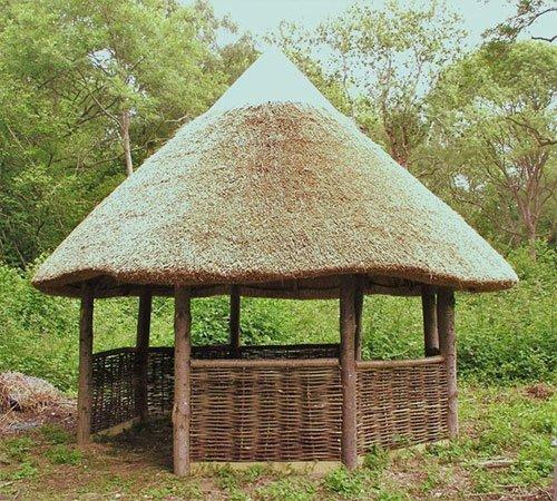 summerhouse thatching