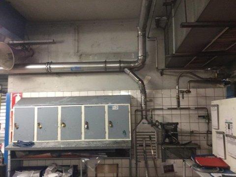 aspirazione aria su lavorazione rotoli lamiera impianto inox