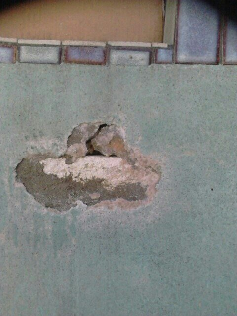 damaged pool wall in perth