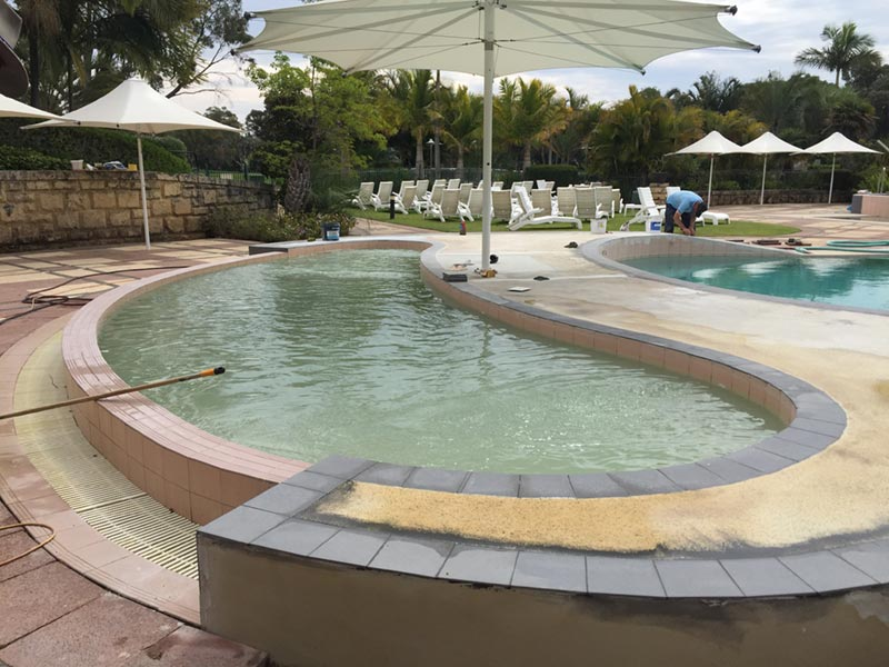curved hot tub in perth