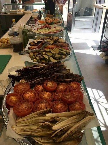 dei piatti a base di verdure gratinate