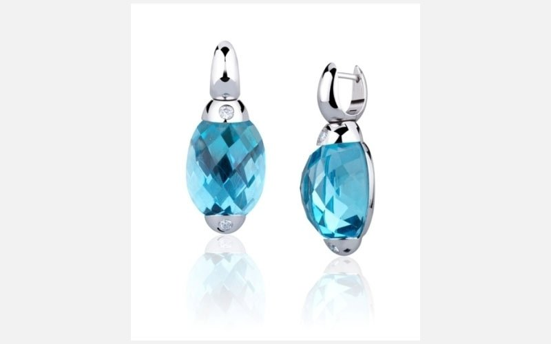 orecchini topazio blu e diamanti