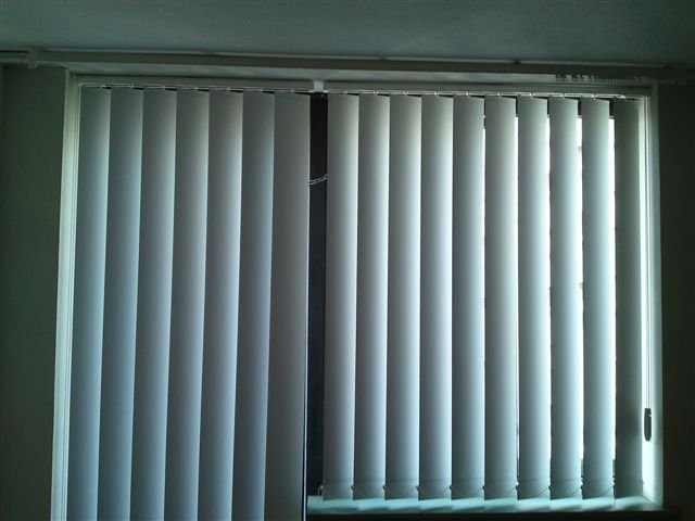 white large blinds