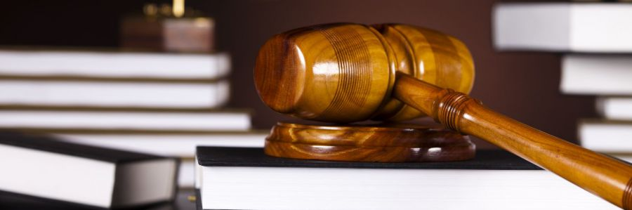gavel and books as symbols of criminal defense in Hamilton, OH