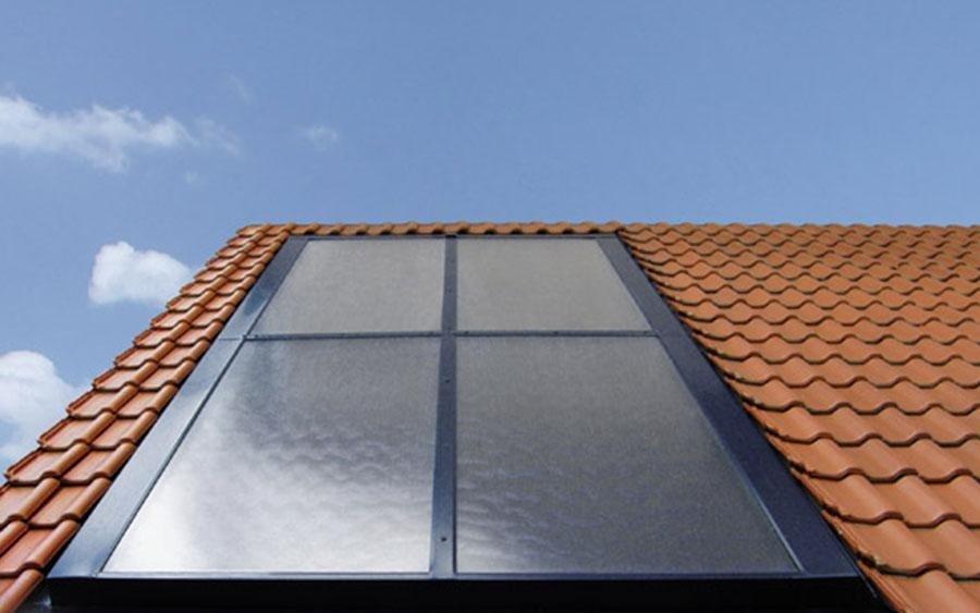 Pannello solare termico - montaggio su tetto