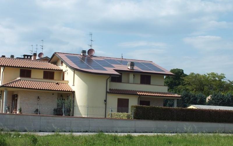 Tetti con fotovoltaico  - Perugia