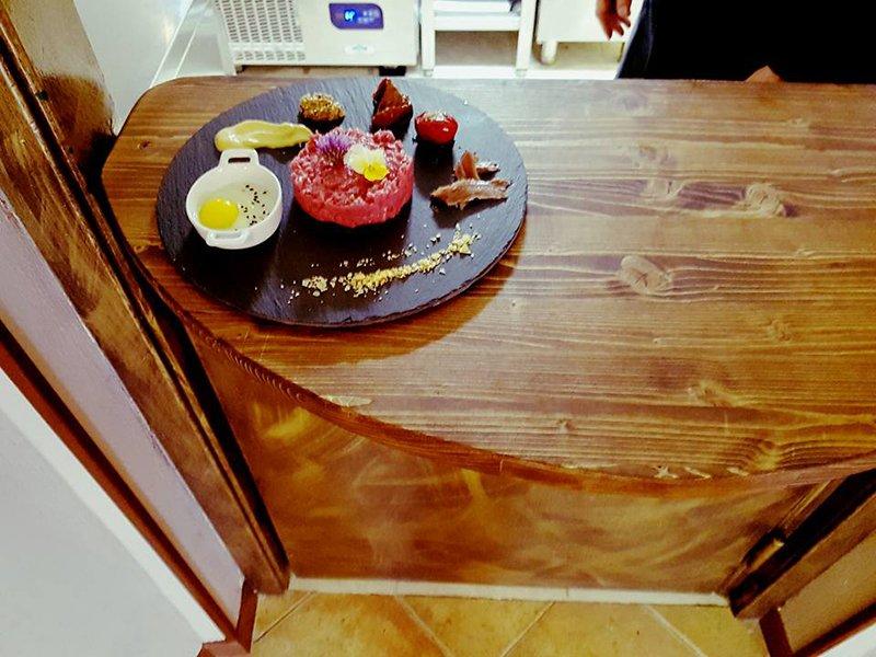 Un piatto sul tavolo a Ferrera Erbognone