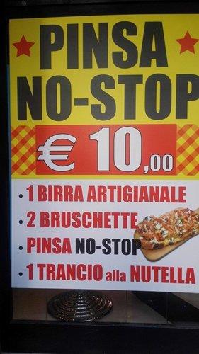 Pinsa No-Stop alla Pinseria Ristorante Da Romoletto a Roma
