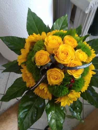 mazzo di fiori gialli