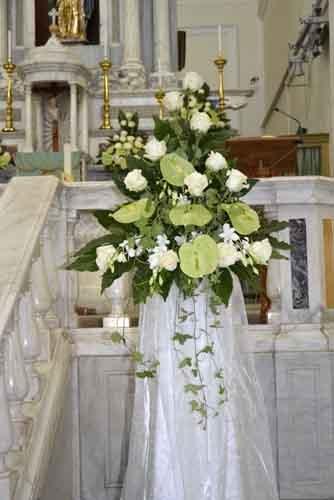addobbi floreale in chiesa