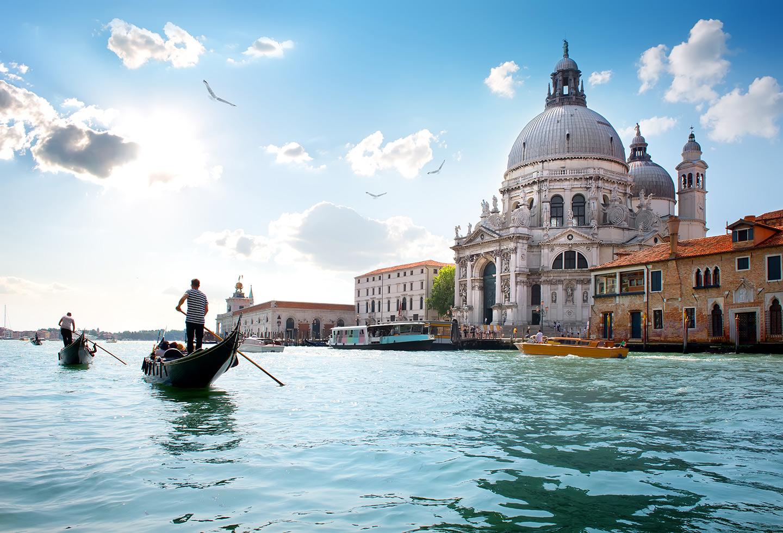 canale con vista della basilica di San Marco