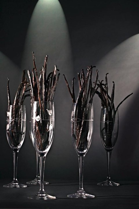 Glass with vanilla pods