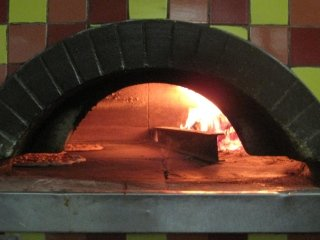 Pizzeria Genova forno a legna