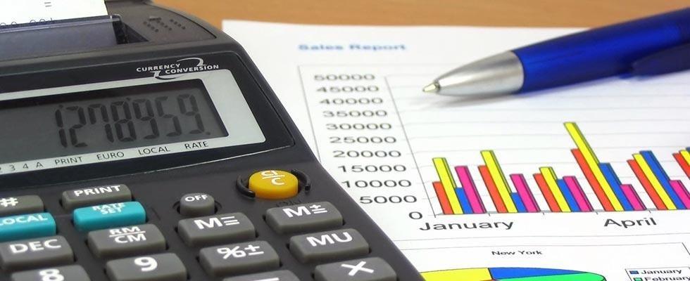 Calcolatrice,penna e grafica di dati