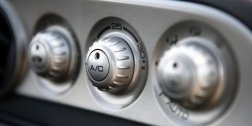 manutenzione impianti di aria condizionata per autoveicoli;