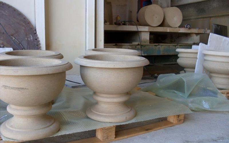vasi in pietra di lecce enna