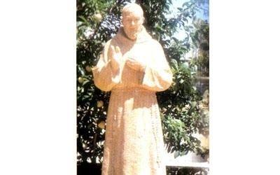 statua padre pio enna