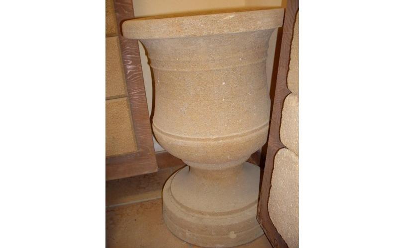 vaso calice tufo giallo enna
