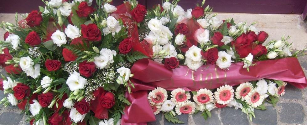 Addobbi Floreali, addobbi funebri, corone, cuscinetti floreali, addobbi floreali funebri Viterbo