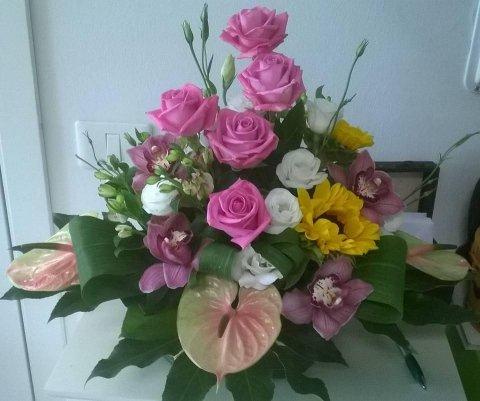 anthurium, rose e girasoli