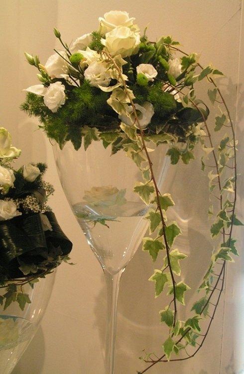 addobbi con fiori galleggianti
