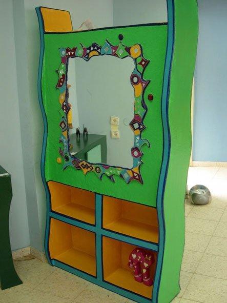 סיפריה-מראה - התלמידה מיכל-קרליבך יצירת תלמידים - חוג בניית רהיטים