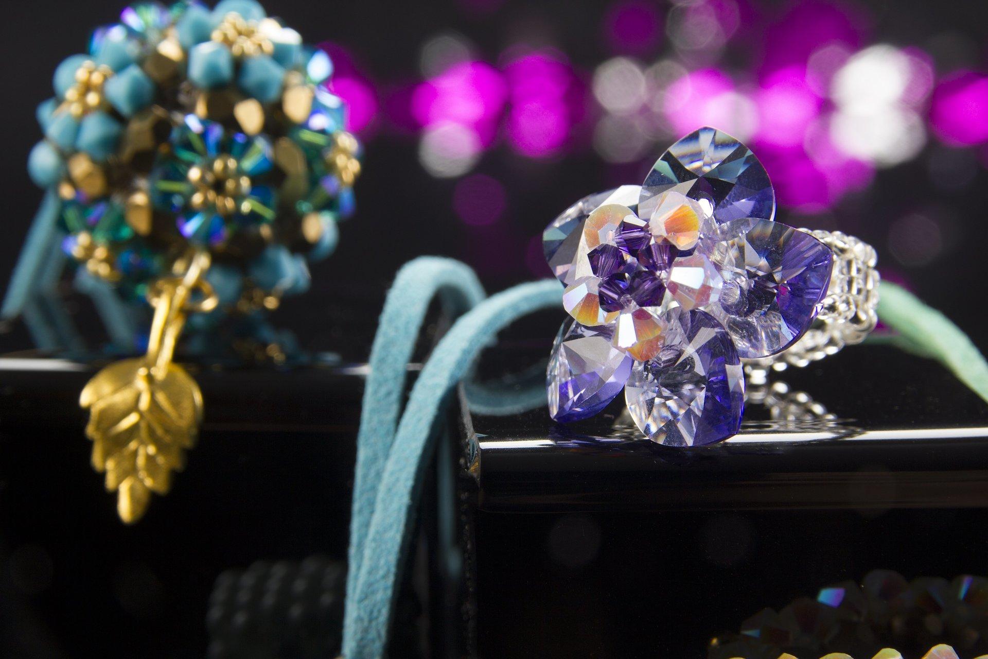 חרוז כזה - חומרים וסדנאות תכשיטים
