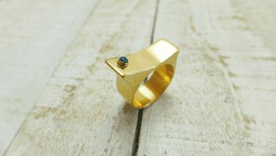 טבעת זהב משובצת, חלום צרוף
