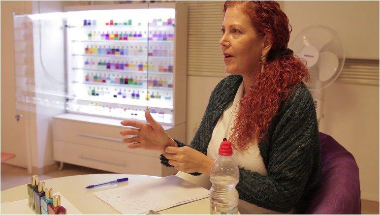 טליה לינור פלד - טיפול בצבעים