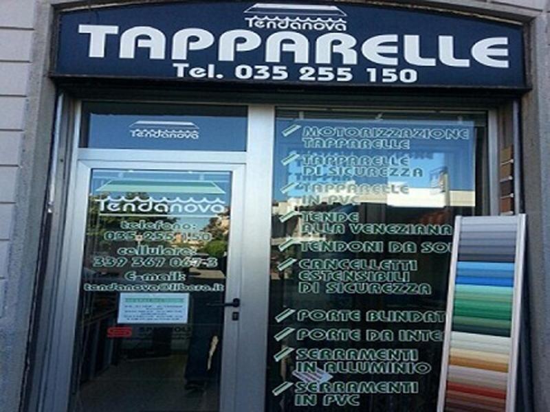 vetrina esterna del negozio TAPPARELLE TENDANOVA