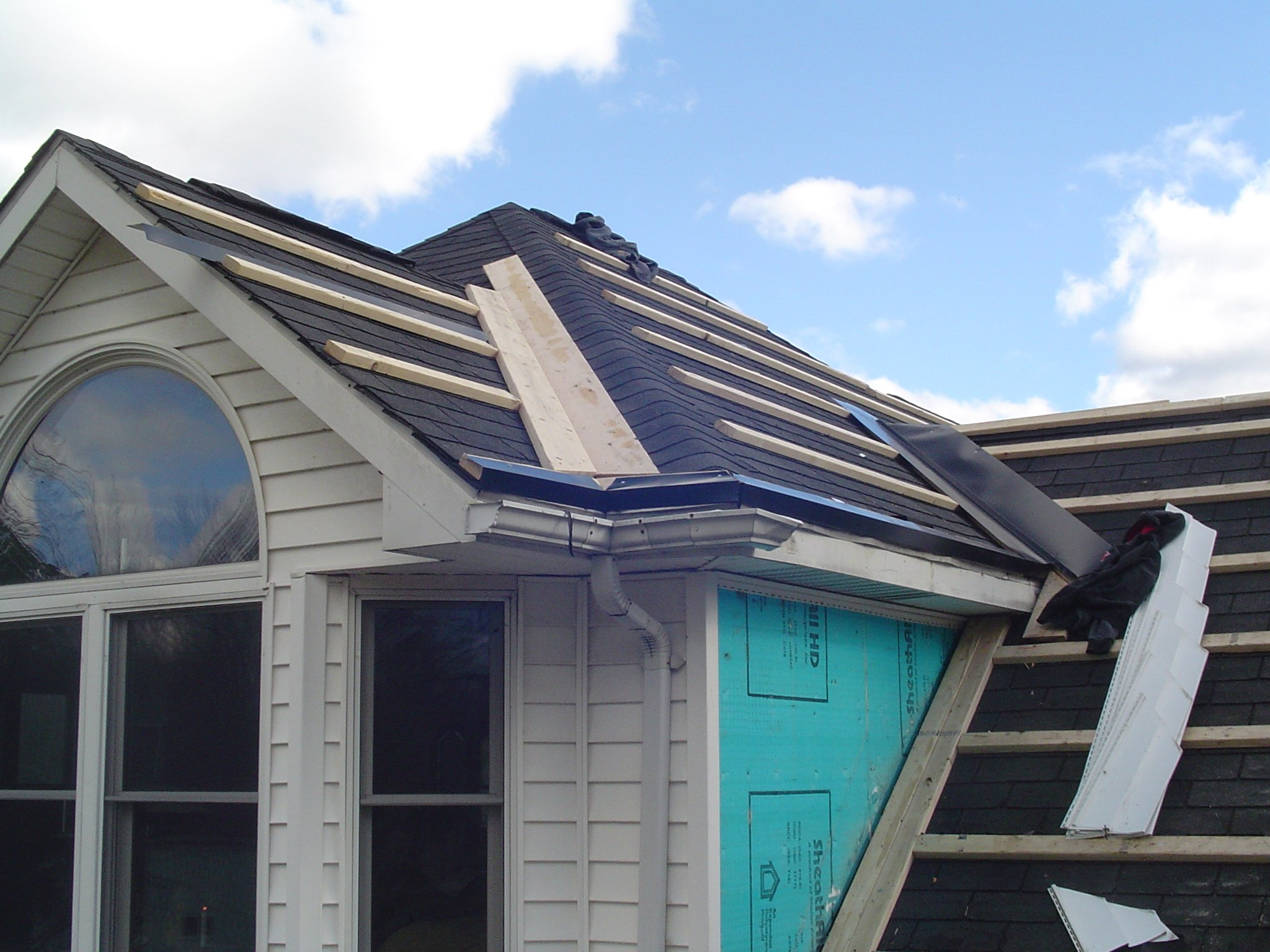 Roofing Construction in Niagara Falls NY