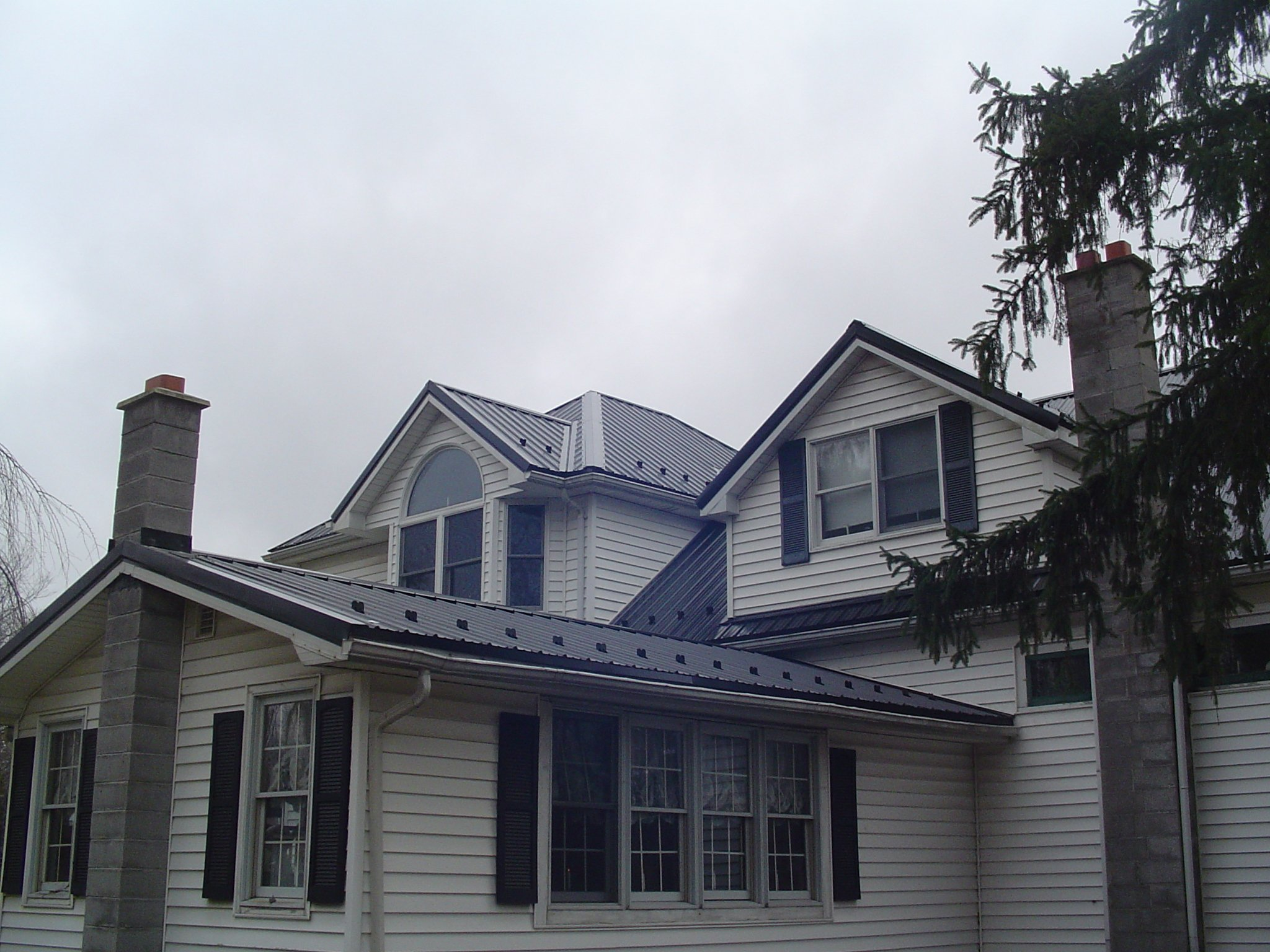 House in Lockport NY, Roofing Service