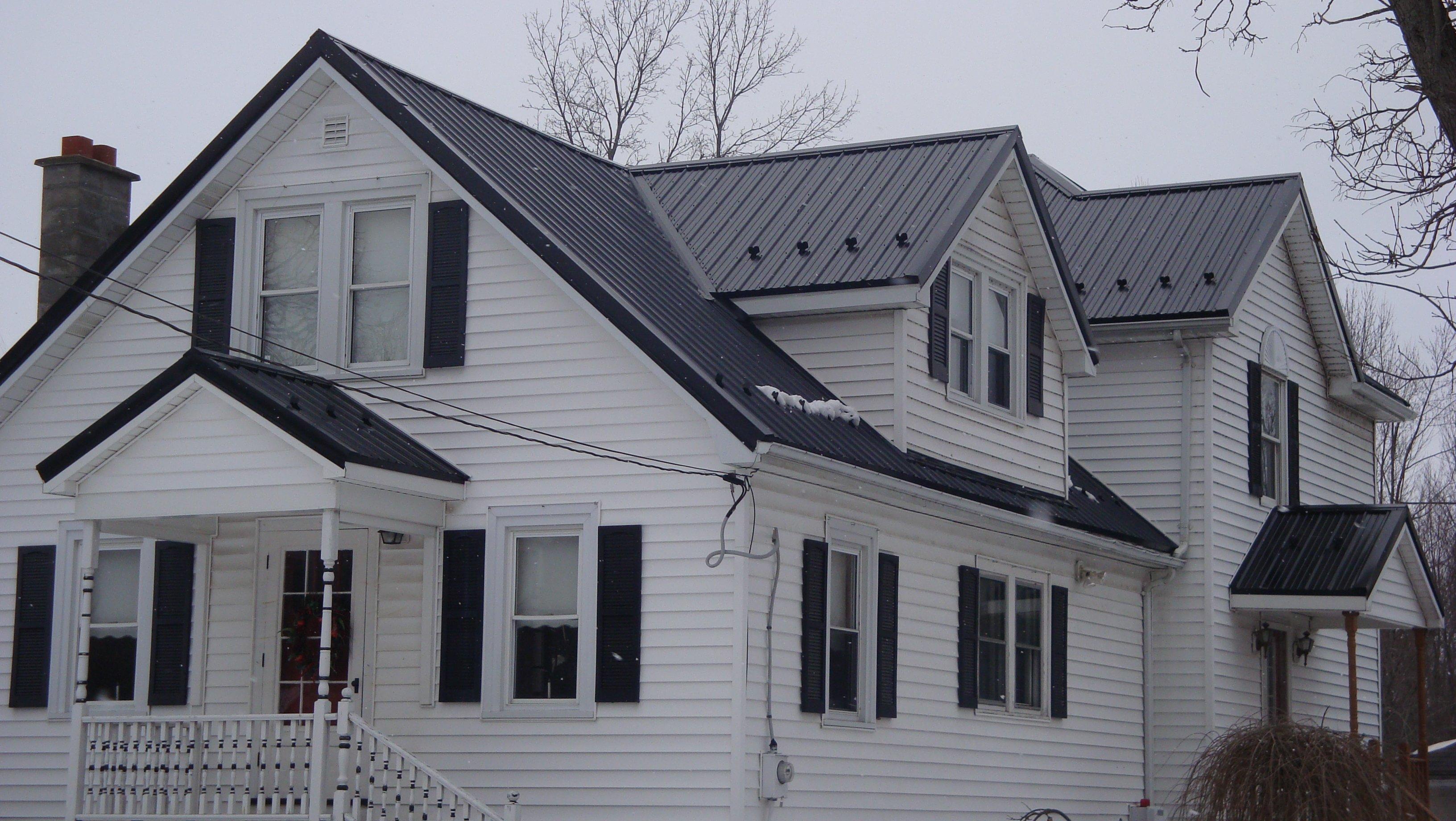 Home in Niagara Falls NY, Roofing Repair