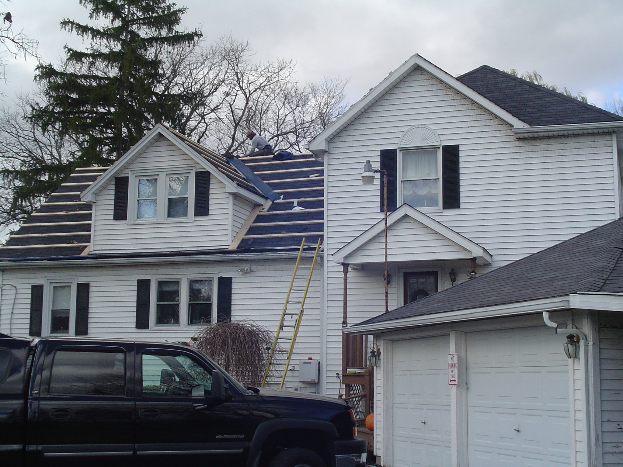 Lockport NY Home Roofing Service