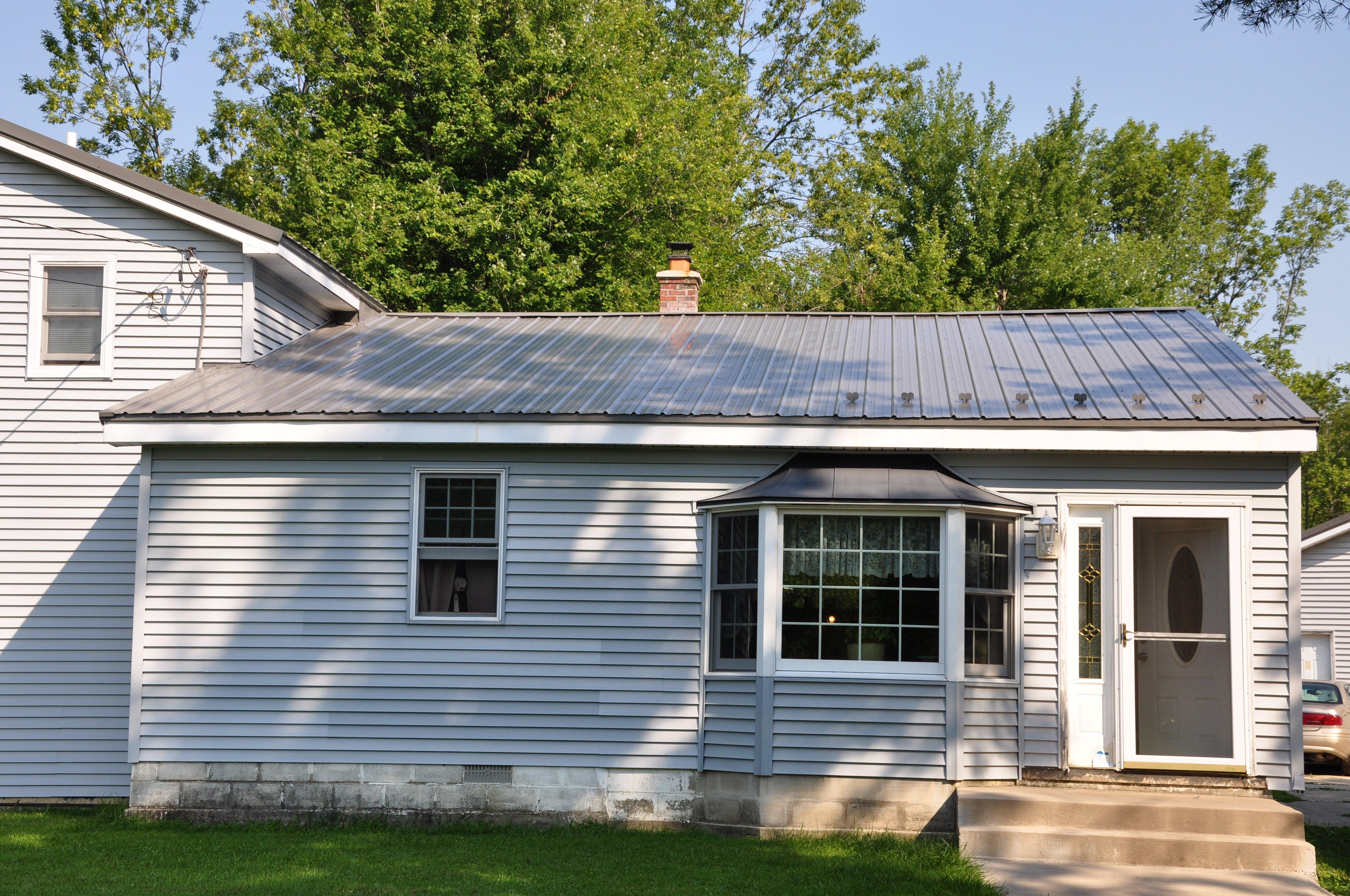 Home Roof Installation in Niagara Falls & Lockport NY