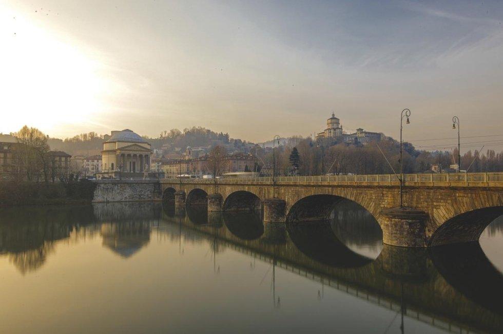 Ponte Vittorio Emanuele Primo, Torino
