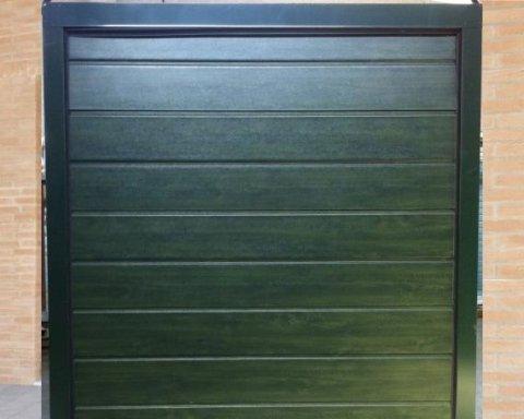 Porta basculante coibentata-verde