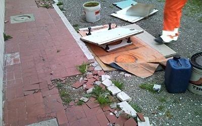 demolizione marciapiede