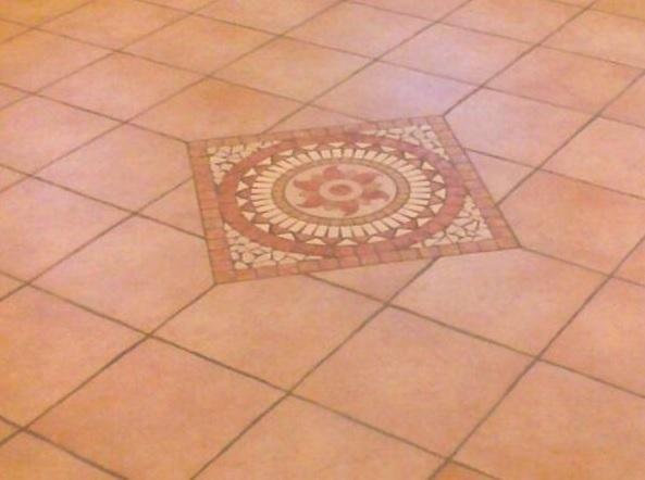 Rivestimenti in pietra ed ecopietra domegge di cadore bl d b o marmi - Posa piastrelle mosaico ...