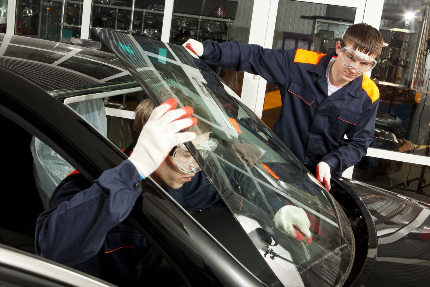 Safe auto glass replacement for in Canton, GA