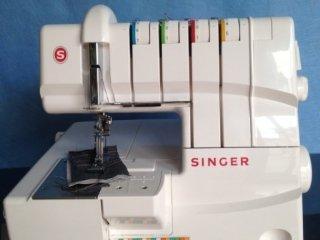 Taglia cuci Singer