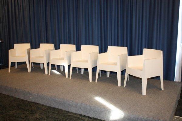 noleggio sedie e poltrone