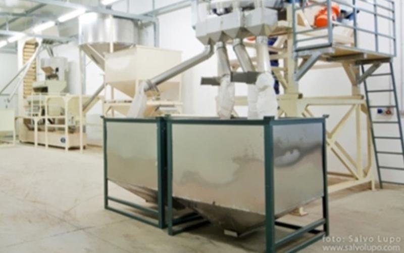 Maschinen für die Verarbeitung von Mandeln