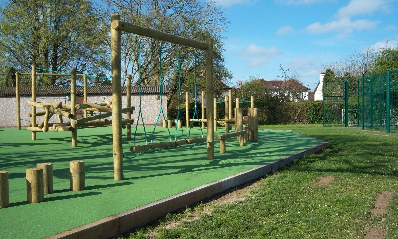 Playground surfacing and trim trail equipment install in Croyden, London - Playcubed Playgruonds