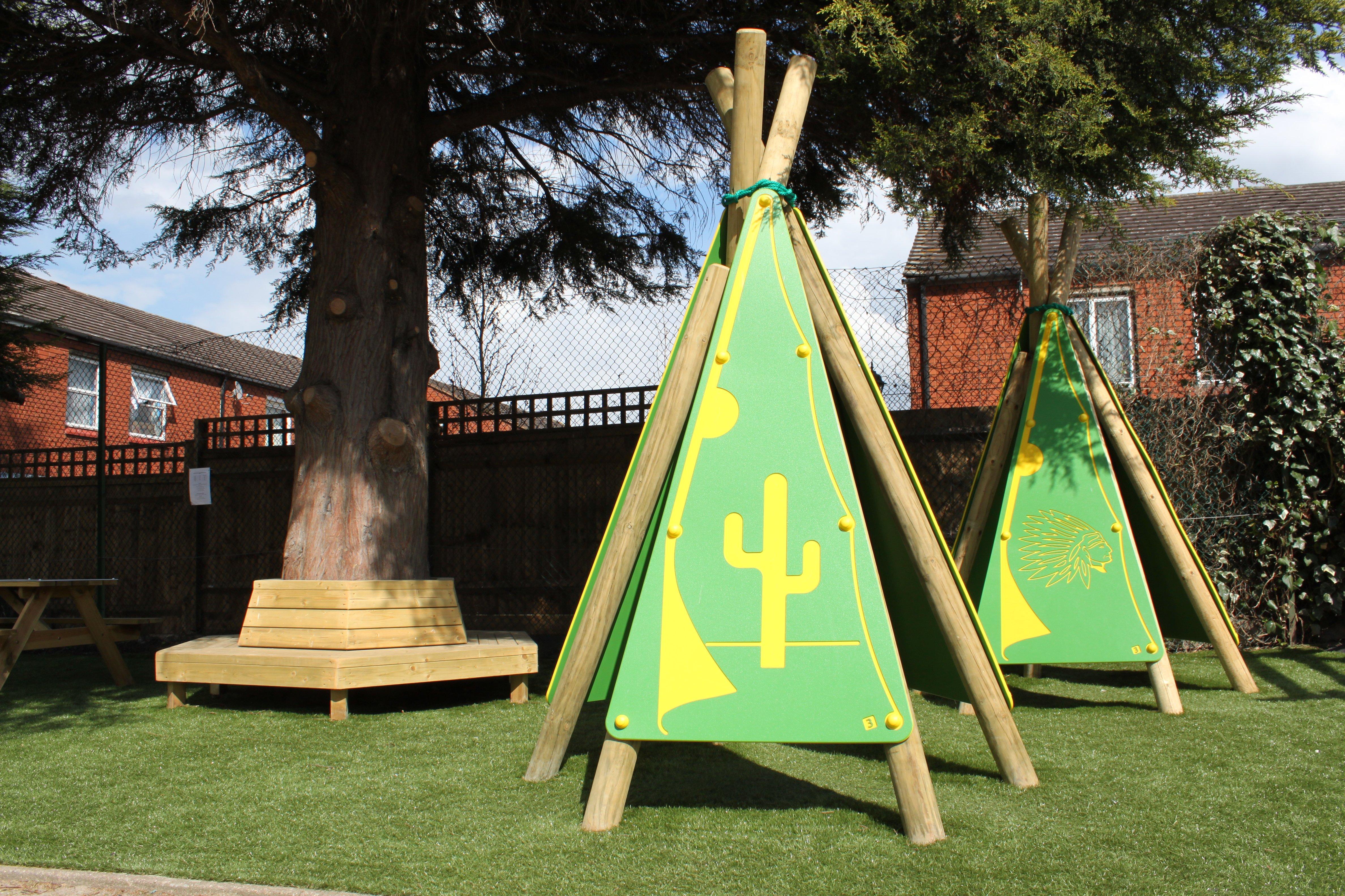 Theme Play, Playground