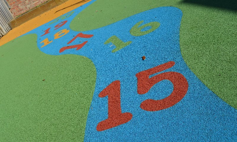 School play surface design & installation at West Lodge Primary School in Sidcup, London | Playcubed Playgrounds