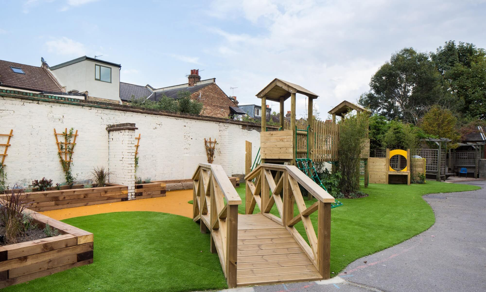 School Playground design & installation at Seven Sisters Primary School in Tottenham, London | Playcubed Playgrounds