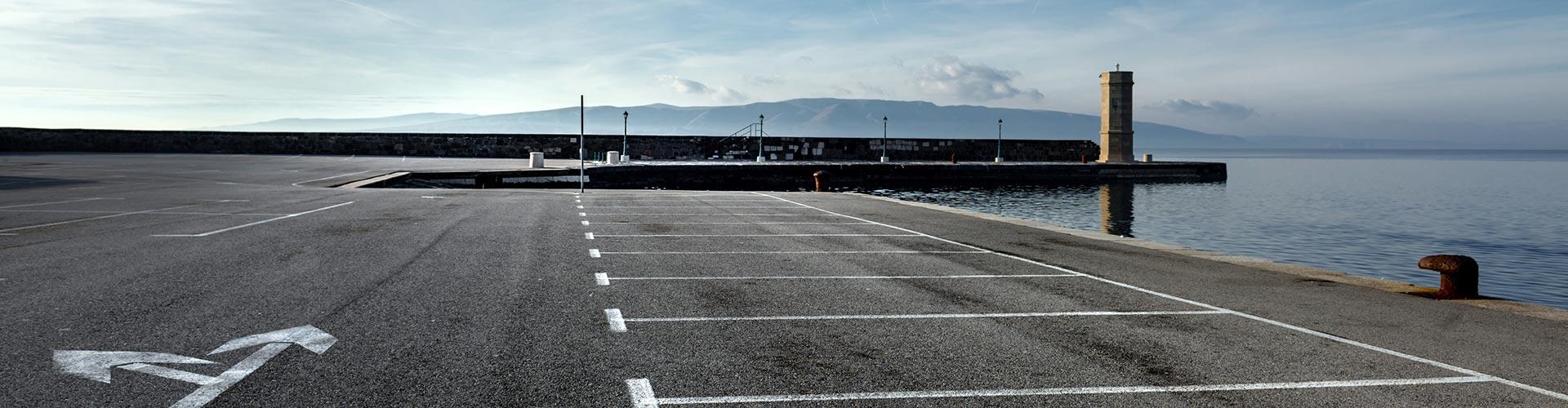 car park line marking at sea port