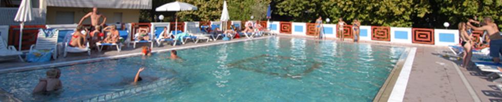 piscina hotel bibione