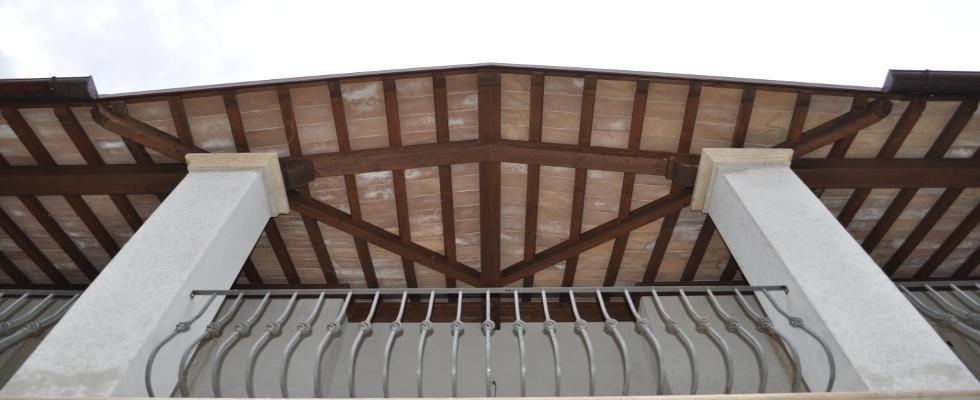 Realizzazione tetti e ringhiere